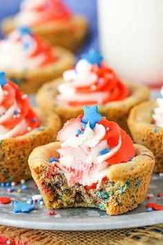These Patriotic Chocolate Chip Cookie Cups are so festive and fun for the 4th of July! They are soft, chewy and full of bits of chocolate! The swirled frosting and fun sprinkles make them perfectly patriotic! So this past Friday, we officially had our IVF transfer. Now we are in the waiting period for 10 …