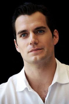 Henry Cavill /// He kinda have similarities with Matt Bomer, right? #ManofSteel