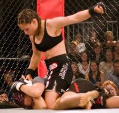 Top MMA Fighters - The best fighters in women's MMA from the UFC and other promotions around the world. Why People, Other People, Mma Training, Boxing Quotes, Female Fighter, Dangerous Woman, Mixed Martial Arts, Jiu Jitsu, Excercise