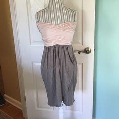 Strapless Aqua summer dress Size Large. Cute strapless summer dress. No tags but never worn out. Bloomingdales Aqua brand. 95% rayon 5% spandex Aqua Dresses Strapless