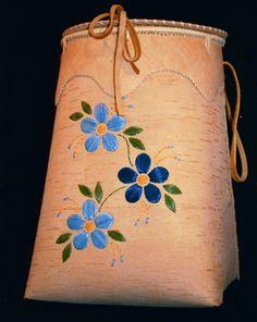 Native American Birch Bark Baskets | ... Fort Liard have been making and using birchbark baskets for centuries