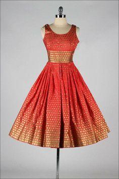 super ideas moda vintage retro style polka dots kurti designs in 2019 м Fashion Moda, 1950s Fashion, Vintage Fashion, Dots Fashion, Fashion Fashion, Vintage Outfits, Vintage 1950s Dresses, 1950s Style, Retro Style