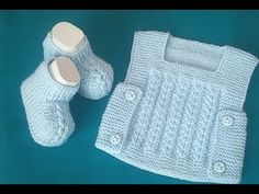easy baby shoes (with two skewers) - Babykleidung Knit Baby Dress, Knitted Baby Clothes, Crochet Baby Shoes, Crochet Slippers, Baby Knitting Patterns, Baby Boy Knitting, Knitted Booties, Baby Booties, Baby Slippers