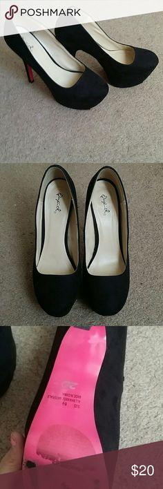 Black Qupid platform heels sz 8.5 Black Qupid platform heels sz 8.5 Qupid Shoes Platforms