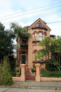 old house by the railway with Bangalow Palm (Archontophoenix cunninghamiana) | by Poytr