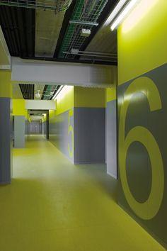 CEIP Puig Les Cadiretes / Exhibitions & Environmental / Graphic / Estudi Conrad Torras / Comunicació gràfica