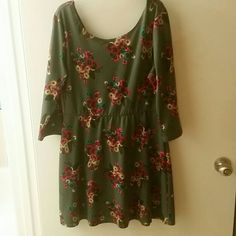Floral dress Cute floral skater dress. Pre loved. Has slight piling from being washed (shown in 3rd pic) Dresses