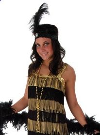 Great costume for a Halloween or Great Gatsby-themed party. Eight rows of black and gold fringe, includes a feathered headband.