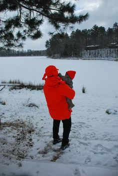 Read my top six tips on how to keep your baby warm and safe while venturing out to run errands during the cold winter months. Winter Activities, Activities For Kids, Nursing Tips, Building For Kids, Baby Warmer, Breastfeeding Tips, Happy Kids, Parenting Advice, New Moms