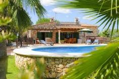 Beach villas Javea are equipped with necessities of life and you can appreciate time in luxury and comfort.