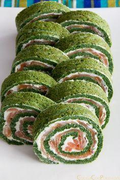 Rollo de salmon y espinacas - Receta paso a paso by lucy I Love Food, Good Food, Yummy Food, Healthy Snacks, Healthy Eating, Vegan Recipes, Cooking Recipes, Burger Recipes, I Foods