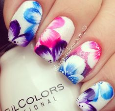 Flower nails from Instagram | See more at http://www.nailsss.com/colorful-nail-designs/2/