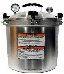 Tools to Use Your Food Storage Daily Alle American Pressure Canner 25 Quart www. All American Pressure Cooker, Best Pressure Cooker, Pressure Canning, Pressure Cooker Recipes, Slow Cooker, Canning Rack, Canning Tips, Home Canning, Canning Recipes