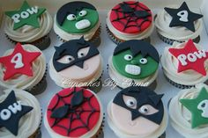 Superhero cupcakes batman spiderman hulk cupcakes