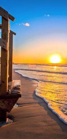 Que tranquilidad transmite pareciera que el sol se fundirá en cualquier momento en el mar
