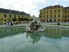 Schonbrunn Palace fountain