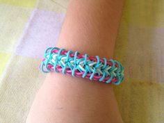 zippy chain rainbow loom bracelet | cool mom picks