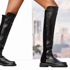 """2,094 Me gusta, 12 comentarios - STUART WEITZMAN (@stuartweitzman) en Instagram: """"Iconic style. New look. We gave our #5050 stretch back boot a lift with our style-boosting LIFT lug…"""""""