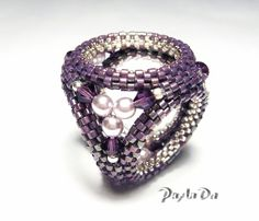 All sorts of stuff:)   biser.info - all about the beads and beaded works