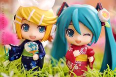 Rin and Miku Yukata! Figure Photography, Toys Photography, Hatsune Miku Doll, Otaku, Vocaloid Cosplay, Funko Figures, Anime Songs, Anime Figurines, Good Smile
