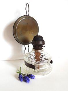 Lampe à pétrole ancienne avec réflecteur
