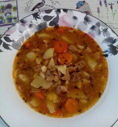 Weight Watchers Soup, Chana Masala, Cheeseburger Chowder, Thai Red Curry, Chili, Pork, Ethnic Recipes, Pork Roulade, Chili Powder