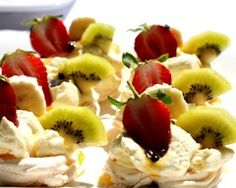 If you're looking for an easier way to include a pavlova in your Australia Day celebration, then these pavlova cupcakes are the best way to celebrate with this sweet dessert