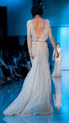 Elie Saab Fall 2011 haute couture collection. The front is ugly, but the back is gorgeous! http://www.fashionising.com/runway/b--Ice-queen-couture-at-Elie-Saab-7204.html#37