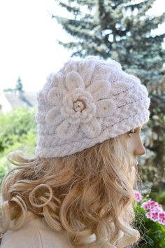 Knitted cap in flower cap / hat lovely warm autumn by DosiakStyle