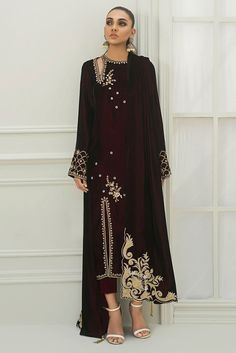 Show details for Long velvet worked shirt Pakistani Bridal Dresses, Pakistani Dress Design, Pakistani Outfits, Indian Dresses, Indian Outfits, Bridal Lehenga, Lehenga Choli, Stylish Dresses, Casual Dresses
