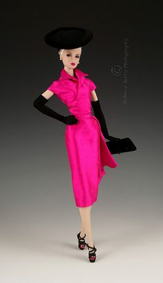 Lilith in hot pink silk Bogue's Vogue 4   Restyled Great Pretender Lilith in Bogue's Vogues pink silk dress, hat and clutch.