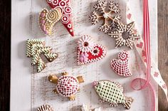Perníčky   Apetitonline.cz Thing 1, Trifle, Gingerbread Cookies, Sugar, Baking, Sweet, Desserts, Christmas, Food