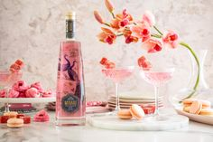 Mirari Pink Gin and Indian Tonic water. Fill a glass up to the top with crushed ice. Add 50ml Mirari Pink Gin. Top with a premium Indian tonic water. Garnish with Turkish delight. Enjoy!