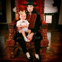 Prince Michael Jackson, Michael Jackson Fotos, Michael Jackson Wallpaper, Paris Jackson, Black Music Artists, Happy Birthday Prince, Mj Kids, Jackson Family, Mike Jackson