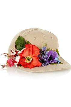 DIY - Piers Atkinson|Flower-embellished canvas cap