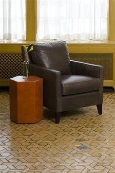 Vanguard Furniture: Room Scene VG_RS_L366-CH_V124-UT