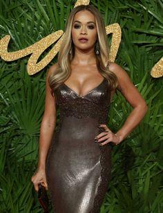 Hottest Female Celebrities, Beautiful Celebrities, Rita Ora, Versace Dress, Dress Makeup, Fashion 2017, Editorial Fashion, Nice Dresses, Celebrity Style