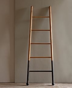 Bloak Ladders // I Have Always Wanted An Old Ladder To Hang Blankets On.  Decorative ...