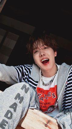 bts summer package 2019 J-Hope Jimin, Bts Bangtan Boy, Bts Jungkook And V, Jung Hoseok, J Hope Selca, Bts J Hope, Billboard Music Awards, Foto Bts, K Pop