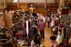 Vintage Clothing Store (it's the thrill in the hunt that I like) Antique Mall Booth, Vintage Clothing Stores, Vintage Outfits, Bucket, Boutique, My Style, Antiques, Closet, Inspiration