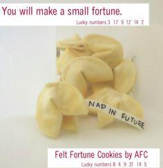 Felt Food fortune cookies DIY tutorial