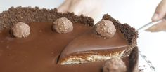 ferrero-rocher-cheesecake_landscapeThumbnail_en-US