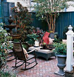 cute courtyard garden