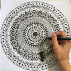 dark zentangle patterns & dark zentangle patterns , dark zentangle patterns black , zentangle patterns step by step dark Doodle Art Drawing, Zentangle Drawings, Mandala Drawing, Zentangles, Art Drawings, Mandala Doodle, Mandala Art Lesson, Mandala Artwork, Doodle Patterns