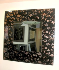 Δημιουργία μου σε γυαλί-υπάρχει δυνατότητα διαφοροποιήσεων. Vanity, Mirror, Furniture, Home Decor, Dressing Tables, Powder Room, Decoration Home, Room Decor, Vanity Set