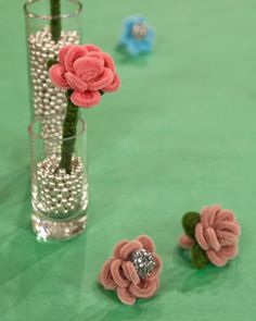 kids craft: pipe cleaner flower ring...