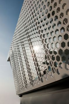 The Cube by Electrolux   Yatzer