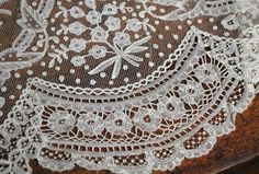 Antique Brussels mixed bobbin/needlepoint applique lace flounce