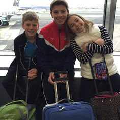 ✈️Waiting at the airport to head to Florida! Crossing our fingers hoping the blizzard doesn't get in the way! S Youtube, Youtube Stars, Katie Donnelly, Bratayley, Flipping, Love Life, Fingers, Youtubers, Travelling
