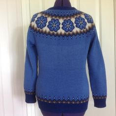 Pullover, Facebook, Knitting, Places, Sweaters, Fashion, Moda, Tricot, La Mode